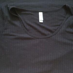 Lularoe Classic T Black - Size XL